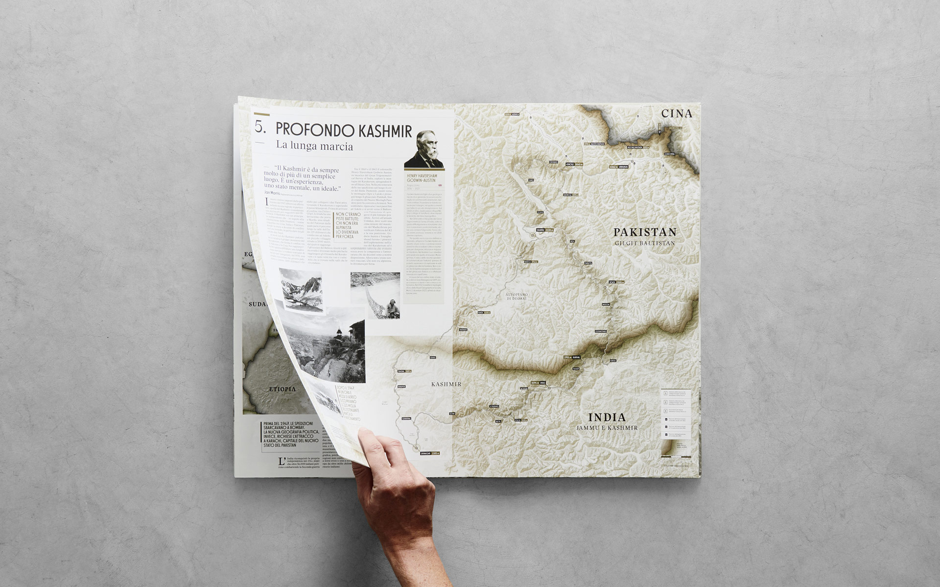 Voorbeeld van de binnenpagina's van het boek 'K2 History of the Impossible Mountain' uitgegeven door Rizzoli Lizard